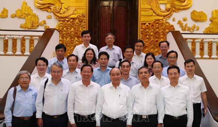 응우옌 쑤언 푹 총리, 벤째성 주요 지도자와 회의 - ảnh 1