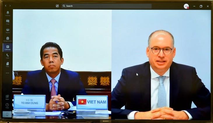 베트남–독일 전략적 파트너 관계를 다방면으로 심화 - ảnh 1