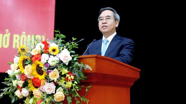 응우옌 번 빈 중앙경제위원장, 중앙기업단 당위원회 회의에 참여 - ảnh 1