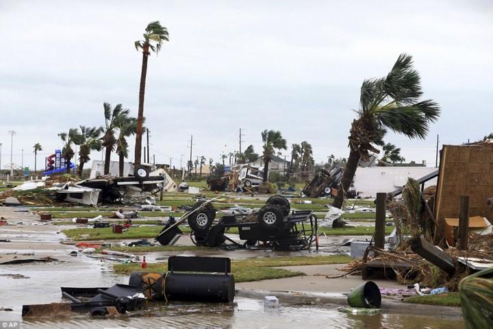 Ouragan Harvey: au moins un mort et une dizaine de blessés au Texas - ảnh 1