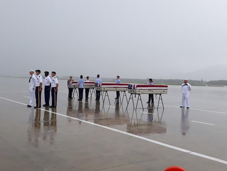 Rapatriement d'ossements de soldats américains - ảnh 1