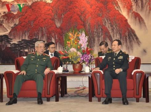 Nguyên Chí Vinh en déplacement en Chine - ảnh 1