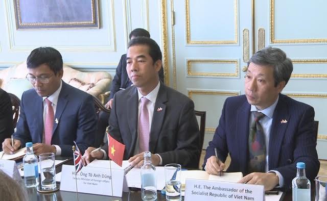 Septième dialogue stratégique Vietnam-Royaume-Uni - ảnh 1