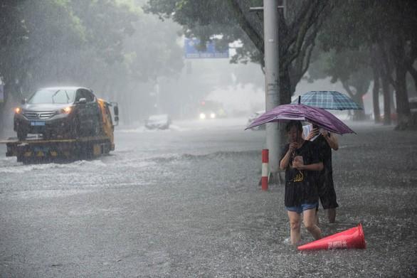 Chine: 28 morts après le passage du typhon Lekima - ảnh 1