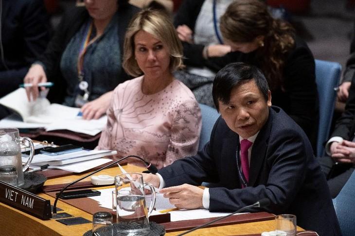 Le Vietnam soutient la relance du processus de paix au Moyen-Orient - ảnh 1