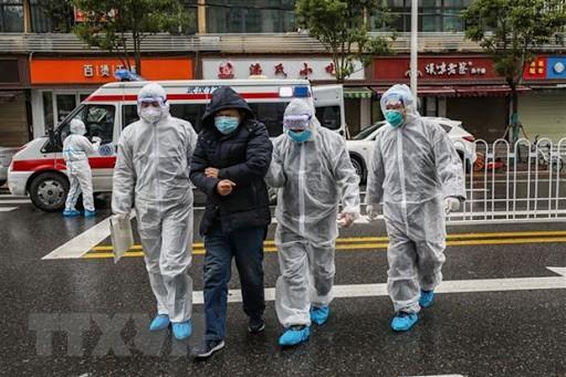 Covid-19: plus de 5.000 nouveaux cas en Chine - ảnh 1