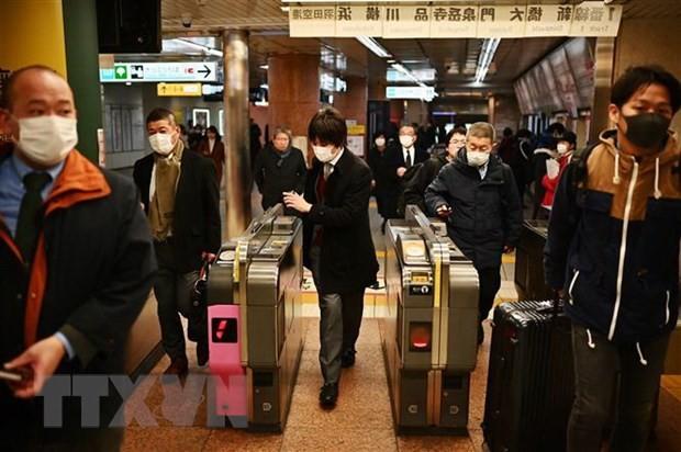 Covid-19: plusieurs pays multiplient les restrictions de voyages  - ảnh 1