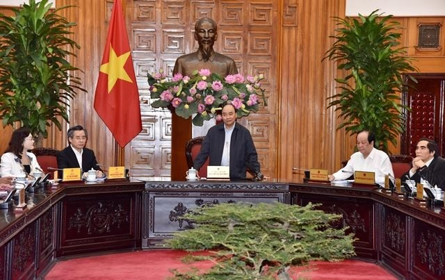 Le Premier ministre Nguyên Xuân Phuc rencontre les autorités de la province de Bac Liêu - ảnh 1