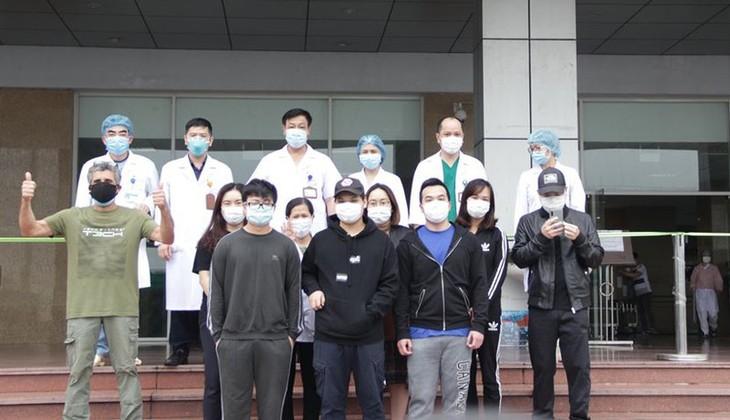Covid-19: Dix nouveaux patients guéris au Vietnam - ảnh 1