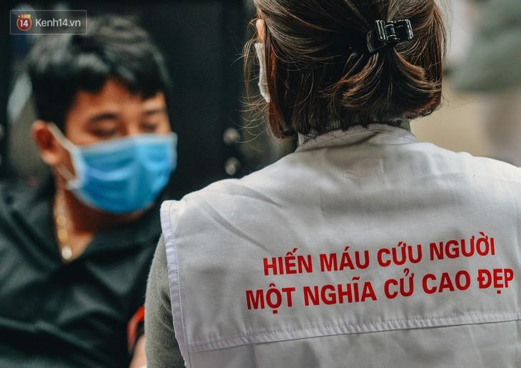 Hanoï : collecte de près de 14 000 unités de sang en un an - ảnh 1