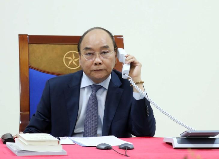 Entretien téléphonique Nguyên Xuân Phuc-Abe Shinzo - ảnh 1