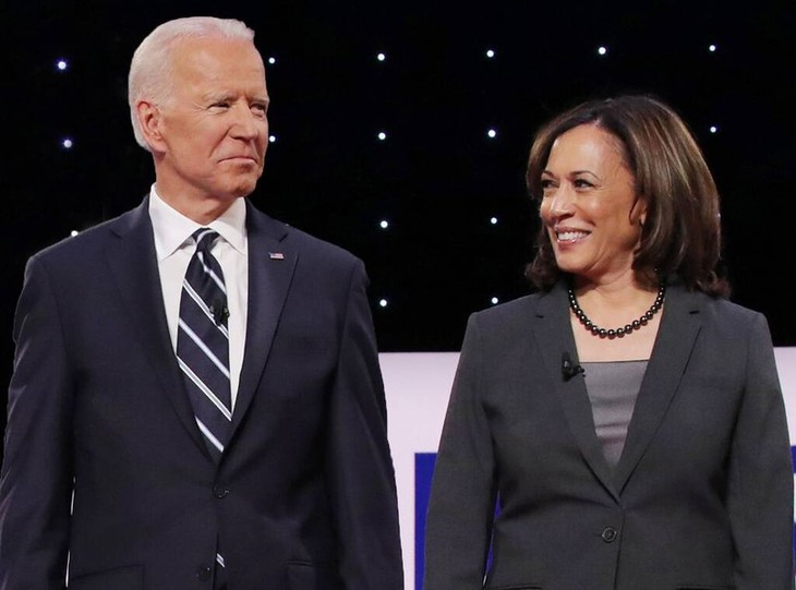 Biden et Harris promettent de «reconstruire» l'Amérique - ảnh 1