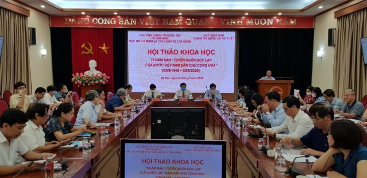 Colloque sur les 75 ans de la Déclaration d'indépendance du Vietnam - ảnh 1