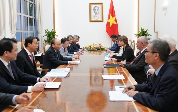 Nguyên Xuân Phuc reçoit des ambassadeurs et investisseurs européens - ảnh 1