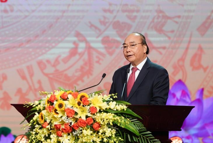 Nguyên Xuân Phuc au congrès d'émulation patriotique de Hanoï - ảnh 1