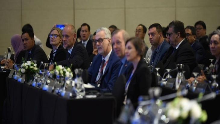 Clôture du 12e colloque international sur la mer Orientale - ảnh 1
