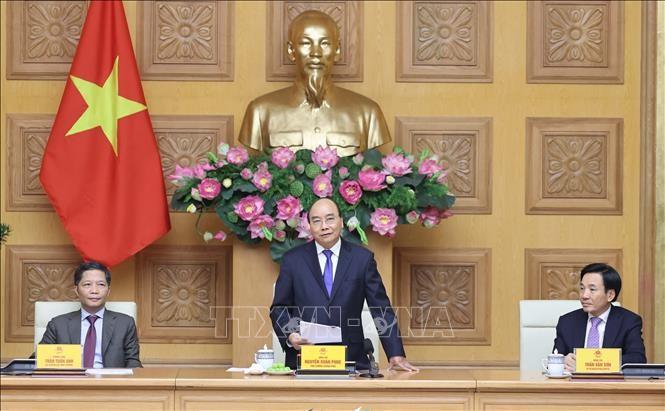 Nguyên Xuân Phuc rencontre les entreprises primées « «Meilleures marques vietnamiennes» de 2020 - ảnh 1
