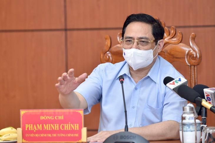 La lutte anti-Covid-19, la priorité absolue du Vietnam - ảnh 1