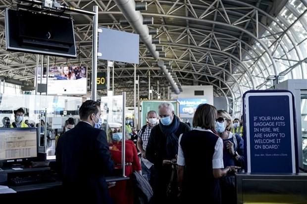 L'UE a levé les restrictions de voyage pour les voyageurs américains - ảnh 1