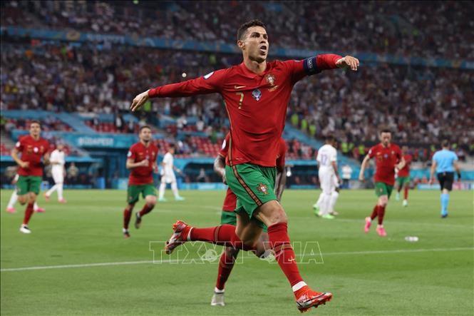 Euro 2021: la France s'accroche avec le Portugal (2-2) et affrontera la Suisse en huitième de finale - ảnh 1