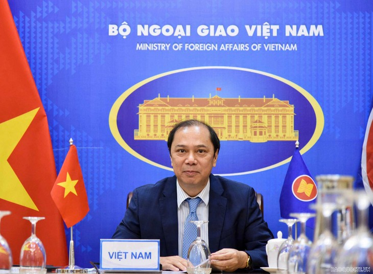 En amont de la 54e Conférence des ministres des Affaires étrangères de l'ASEAN - ảnh 1