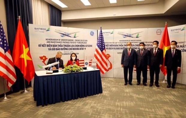 Aviation: signature d'accords de coopération entre le Vietnam et les États-Unis  - ảnh 1