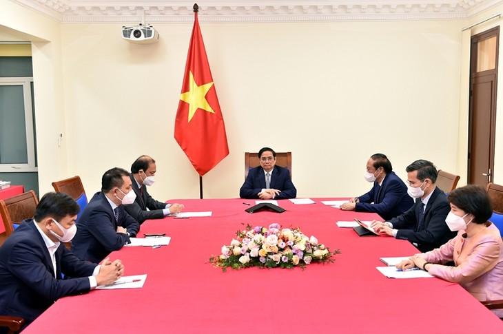 Pham Minh Chinh s'entretient avec l'envoyé spécial du président américain pour le climat - ảnh 1