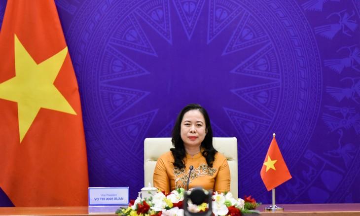 Vo Thi Anh Xuân au troisième Forum des femmes Asie-Europe - ảnh 1