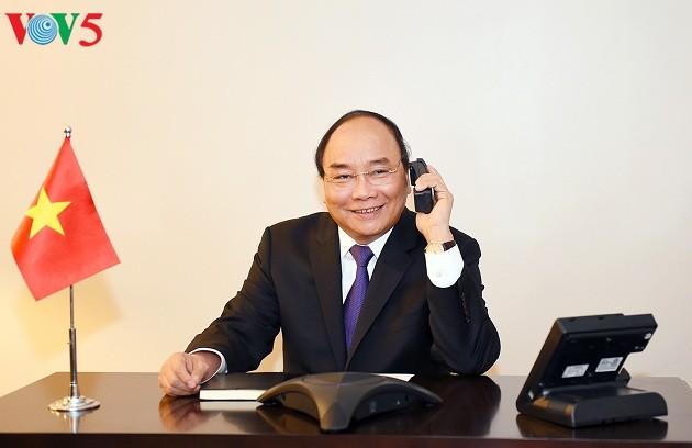Нгуен Суан Фук провел телефонные разговоры с некоторыми американскими конгрессменами - ảnh 1