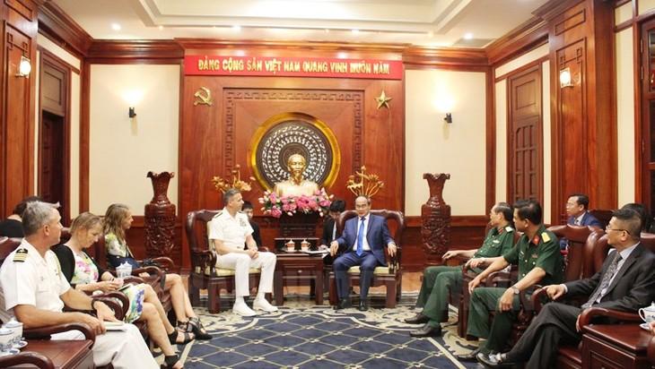Нгуен Тхиен Нян принял командующего Индо-Тихоокеанским командованием ВС США - ảnh 1
