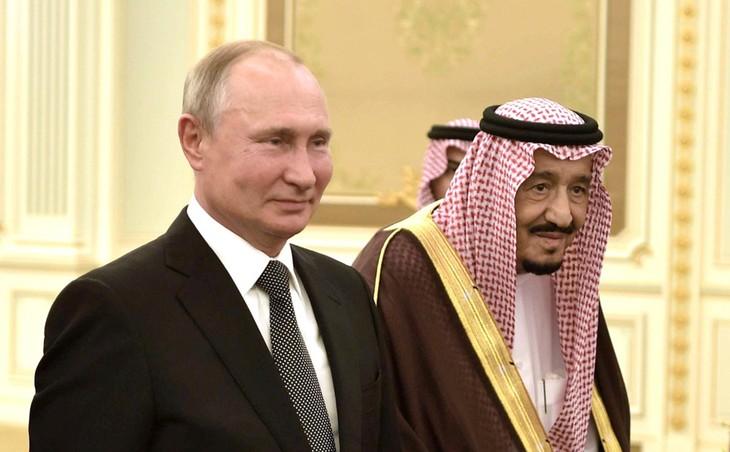 Россия и Саудовская Аравия договорились продолжить сотрудничество в рамках ОПЕК+ - ảnh 1