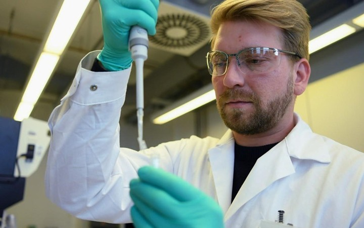 В США начнутся клинические испытания вакцины от нового коронавируса - ảnh 1