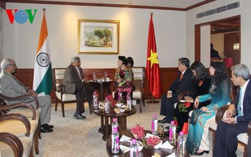 Chủ tịch Quốc hội Nguyễn Thị Kim Ngân tiếp Tổng bí thư Đảng Cộng sản Ấn Độ Mác-xít Sitaram Yechury  - ảnh 1