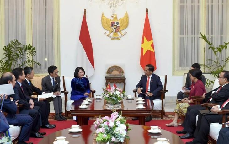 Phó Chủ tịch nước Đặng Thị Ngọc Thịnh dự lễ nhậm chức Tổng thống Indonesia - ảnh 1