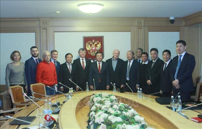 Đảng Cộng sản Việt Nam coi trọng tăng cường quan hệ hữu nghị truyền thống tốt đẹp với Đảng Cộng sản LB Nga - ảnh 1