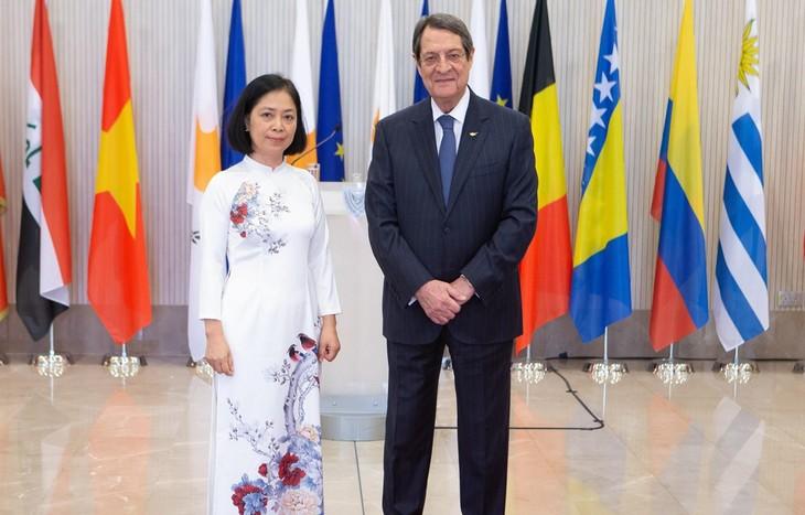 Việt Nam luôn coi trọng quan hệ nhiều mặt với Cộng hòa Cyprus - ảnh 1