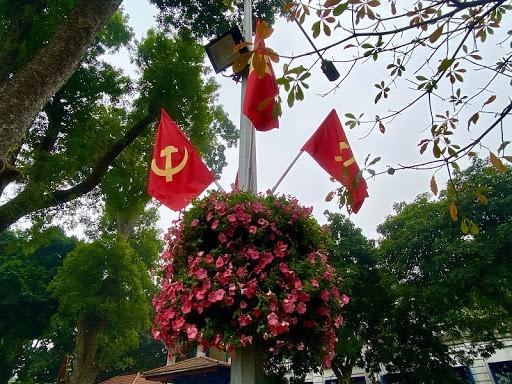 Lễ kỷ niệm 90 năm Ngày thành lập Đảng bộ thành phố Hà Nội vào ngày 16/3 - ảnh 1