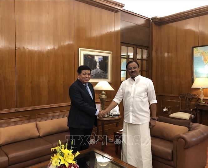 Việt Nam và Ấn Độ đẩy mạnh xúc tiến đầu tư thương mại song phương  - ảnh 1