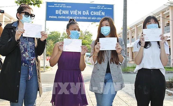 4 bệnh nhân mắc Covid-19 ở Thành phố Hồ Chí Minh xuất viện  - ảnh 1