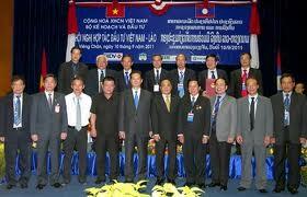 Langkah terobosan dalam kegiatan kerjasama investasi Vietnam-Laos. - ảnh 1