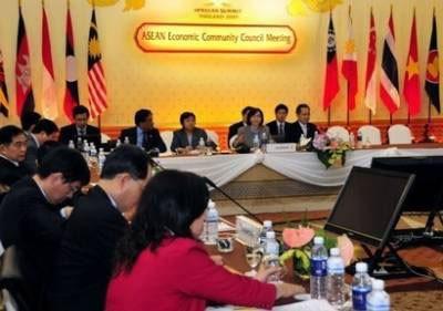 ASEAN-Uni Eropa  berupaya  menuju ke  penandatanganan Perjanjian FTA - ảnh 4