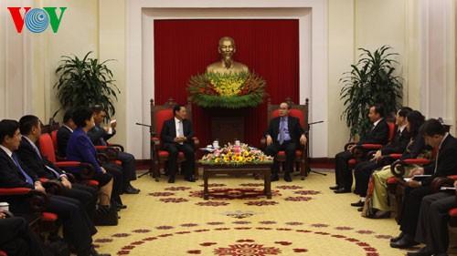 Tahun 2013 merupakan tahun khusus dalam hubungan Vietnam- Tiongkok - ảnh 1