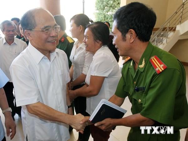 Ketua MN Vietnam, Nguyen Sinh Hung melakukan kontak dengan pemilih propinsi Ha Tinh - ảnh 1