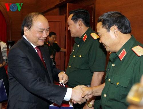 Aktivitas memperingati ultah ke-70 Hari Berdirinya Tentara Rakyat Vietnam - ảnh 1