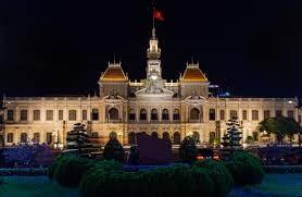 Kota Ho Chi Minh berjalan seperjalanan dengan badan usaha - ảnh 1