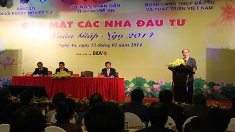 Председатель НC СРВ Нгуен Шинь Хунг встретился с представителями бизнес-кругов - ảnh 1