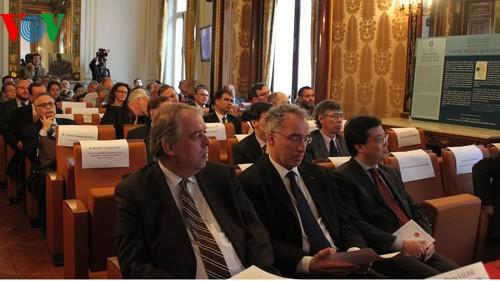В Париже проходит семинар «От колониального Индокитая до сегодняшнего Вьетнама» - ảnh 1