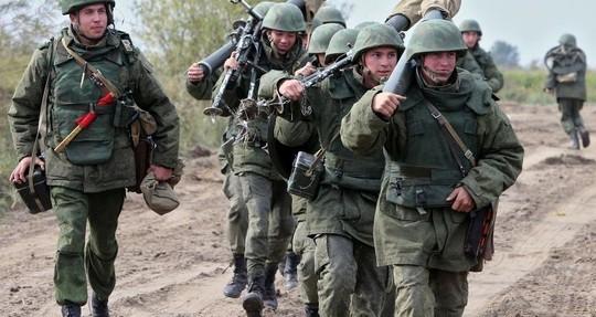 Киев: украинская армия не ведёт боёв с российскими подразделениями на востоке страны - ảnh 1