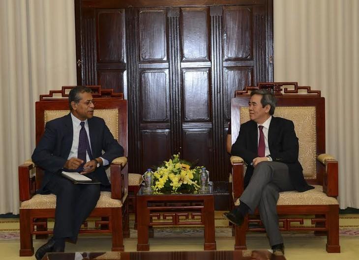 Глава Госбанка СРВ принял директора представительства МВФ во Вьетнаме - ảnh 1