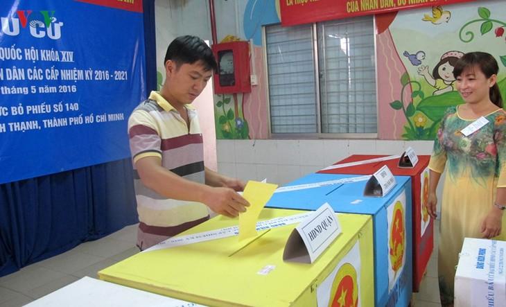 Всеобщие выборы во Вьетнаме - ảnh 13